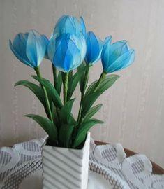 Flowers Handmade Flowers, Diy Flowers, Fabric Flowers, Creative Crafts, Diy And Crafts, Arts And Crafts, Nylon Crafts, Summer Flower Arrangements, Nylon Flowers