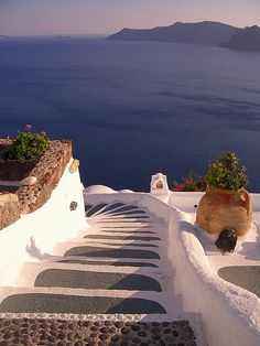 Steps to the Sea, Santorini, Greece (by Trent Strohm).