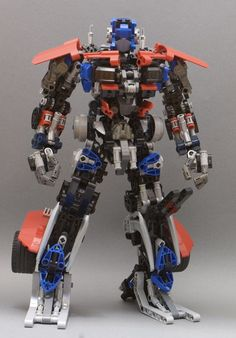 Lego Optimus Prime (2nd version) by Johnny Dai: