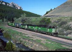 RailPictures.Net Photo: BN 7919 Burlington Northern Railroad EMD SD40-2 at Trail Creek, Montana by James Belmont