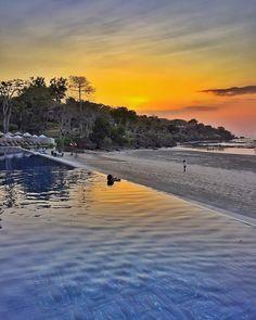 """""""Take a deep into #57meterpool at @sundarabali while the sun goes down #sundarabali  ~~~ Good night #Bali"""""""