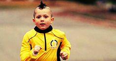 Anthony: a 5 anni, corre la mezza maratona in tempo record. Ed è polemica  http://tuttacronaca.wordpress.com/2013/11/14/anthony-a-5-anni-corre-la-mezza-maratona-in-tempo-record-ed-e-polemica/