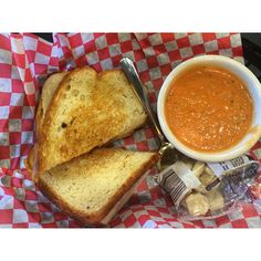 There's nothing like good old fashioned comfort food from Tom + Chee in Alpharetta.