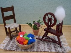Dollhouse spinning set