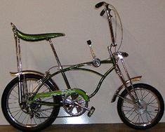 1971 Schwinn Sting-ray Pea Picker My friend Todd had one Vintage Bmx Bikes, Old Bikes, Bike Style, Motorcycle Style, Gi Joe, Panama Red, Scooters, Banana Seat Bike, Lowrider Bicycle