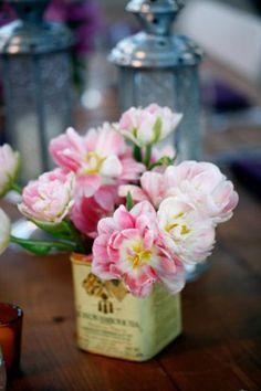 flores en latas