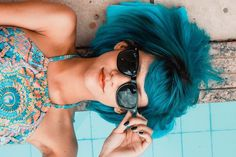 Tired of that bold shade of color you dyed your hair? If so, you might be wondering how to remove permanent hair dye naturally. Here's a look and some tips and tricks, plus a sure-fire … Blue Sunglasses, Sunglasses Women, Sports Sunglasses, Sunglasses Sale, Selfies, Selfie Captions, Permanent Hair Dye, Mein Style, Brian Atwood