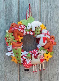 Christmas Mayhem Wreath sewing pattern | sewandso