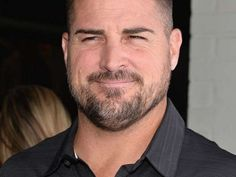 'CSI' star George Eads. Yummy!