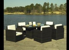 10 Outdoor Dining Rooms That Make Eating Alfresco Seem Like The Best Idea Ever (PHOTOS)