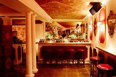 Brooklyn speakeasy is the sexiest date night ever https://www.facebook.com/BuzzFeedVideo/videos/2113202598820611/