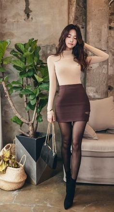 Never Failed Chic Long Sleeve ang Mini Skirt Outfits Ideas - Skirt - Jupe Korean Fashion Trends, Asian Fashion, Sexy Asian Girls, Hot Girls, Beautiful Asian Women, Tight Dresses, Tight Skirts, Maxi Dresses, Ladies Dress Design