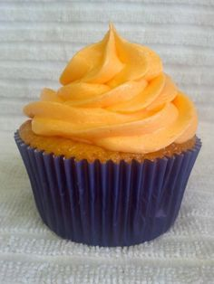 Bronco orange cream cupcake