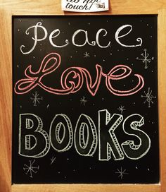 Bookstore chalkboard Children's Books, Good Books, Books To Read, Little Free Libraries, Free Library, Library Displays, Window Displays, Fairy Tale Crafts, Library Signs