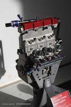 Prototype Ferrari 3-cylinder, two-stroke engine... (Courtesy of Arthomobiles.fr)