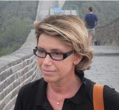 Simonetta Pozzi. Il viaggio è un racconto e di narrazione si occupa per passione. Twitter e Google+ addicted, è co-fondatrice di E-cowork magazine e TellingStories #storytelling. Con esperienza di marketing e recruiting tecnico, si occupa di formazione.
