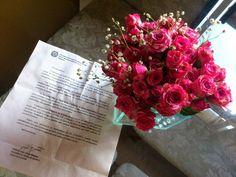 Recebi ontem carta convite e um mimo de flores do nosso querido Secretário de Saúde, Antonio Jorge de Souza. E, mais uma vez, fico feliz e honrada por ser uma das madrinhas da campanha de prevenção ao câncer de mama. MUITO OBRIGADA!