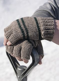Manly Fingerless Gloves in Spud & Chloe Sweater, a FREE pattern from LoveKnitting. Find more inspiration and share your own projects on the LoveKnitting website! Crochet Fingerless Gloves Free Pattern, Fingerless Gloves Knitted, Mittens Pattern, Sweater Patterns, Knitting Patterns Free, Free Knitting, Crochet Patterns, Finger Knitting, Knitting Supplies