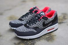 new concept 1be94 69496 The Nike Air Max 1 PRM