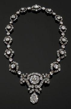An early 19th century Portuguese silver and 'Minas Novas' stone necklace. #antique #Portuguese #necklace