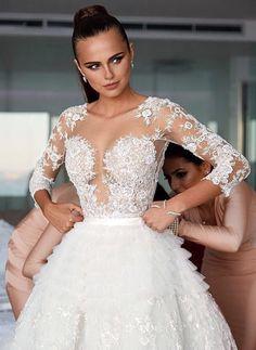 @xeniadeli #bride #gown via @minmote on #instagram