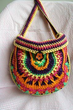 Patrón de ganchillo, patrón de bolso de ganchillo, ganchillo patrón del bolso color, descarga inmediata de mandala crochet bolso modelo 202  Este