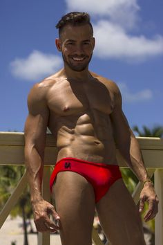 #lassevo #la #swimsuit #swimwear #beachwear #menswear #mensfashion #muscle #mescleboy #beachbody #beach