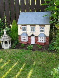 Miniatures | 12 scale house all weather proof OUTDOOR garden house