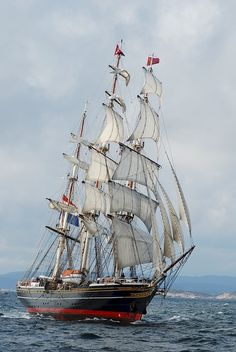 A sailboat or sailing boat is a boat propelled partly or entirely by sails smaller than a sailing ship. Distinctions in what constitutes a sailing boat and s. Classic Yachts For Sale, Yacht For Sale, Moby Dick, Old Sailing Ships, Full Sail, Boat Art, Sail Away, Set Sail, Wooden Boats