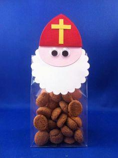 Sinterklaas met SU Disney Frozen, Crafts To Make, Crafts For Kids, St Nicholas Day, Christmas Crafts, Merry Christmas, Ideas Para Fiestas, Art Plastique, Winter Time