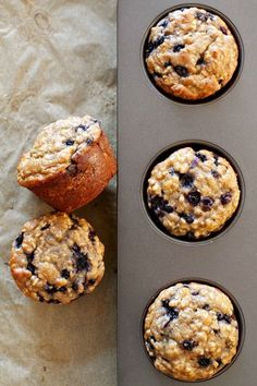 Oat Greek Yogurt Muffins You won't find any butter or oil in these ridiculously soft and tender Blueberry Oat Greek Yogurt Muffins!You won't find any butter or oil in these ridiculously soft and tender Blueberry Oat Greek Yogurt Muffins! Healthy Muffins, Healthy Breakfast Recipes, Healthy Baking, Healthy Blueberry Recipes, Healthy Breakfast On The Go, Vegetarian Snacks, Healthy Recipes, Breakfast And Brunch, Breakfast Ideas