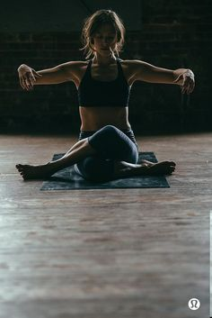 Quando controlli il tuo respiro, niente può disturbare la tua pace. #yoga #pensieri #benessere #sport #fitness