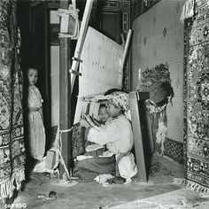 Morocco carpet weavers