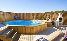 Pallet pool next to the grill Whilst historical in thought, your pergola may be suffering Oberirdischer Pool, Above Ground Swimming Pools, Diy Pool, Swimming Pools Backyard, In Ground Pools, Piscina Pallet, Piscina Diy, Pallet Pool, Pool Deck Plans
