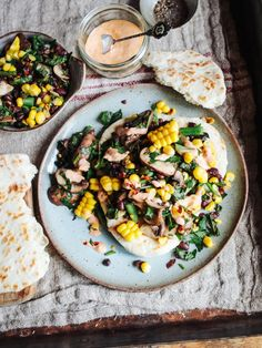 Fresh Corn & Black Bean Salad with Harissa, Hummus and Flatbread Meze Recipes, Cooking Recipes, Dinner Recipes, Summer Salad Recipes, Summer Salads, Fresh Corn Salad, Corn Salads, Delicious Vegan Recipes, Vegetarian Recipes
