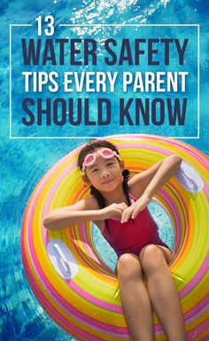 As a parent, we want our kids to have fun and be confident in the water but we also can't help but worry about them and whether or not they're safe. Teach your kids about water safety! Here are 13 tips you should know. Home Safety, Baby Safety, Safety Tips, Child Safety, Safety Rules, Kids And Parenting, Parenting Hacks, Single Parenting, Summer Safety