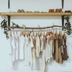 Sophie Vine on Earth Tones The sweetest _zilvi x vinesofthewild collab is hanging on that clothes rack. another pic is coming xx Boutique Interior, Aesthetic Rooms, Decorating On A Budget, New Room, Earth Tones, Store Design, Rack Design, Design Design, Design Ideas