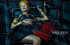 Ultra Tendencias: Kate Moss posa para Alexander McQueen en su nueva campaña Primavera verano 2014