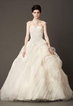 ヴェラ・ウォン ブライド ストリングス名古屋(VERA WANG BRIDE THE STRINGS NAGOYA) VERA WANG FALL 2013_120213LARA