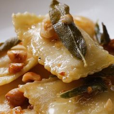 Easy Butternut Squash Ravioli by Tasty Pasta Recipes, Dinner Recipes, Cooking Recipes, Noodle Recipes, Think Food, Food For Thought, Vegetarian Recipes, Healthy Recipes, Good Food