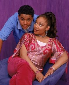 I just realised there are no pins of raven and devon. So i am adding one now because i think they both are one of the cutest couples of old disney Devon, Sandy And Danny, Zac Efron And Vanessa, Raven Symone, That's So Raven, Best Of Tumblr, Tv Couples, Cutest Couples, Boyfriends