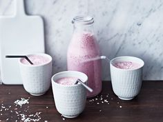 Puolukka-kookossmoothie Sugar Bowl, Bowl Set, Smoothie, Tableware, Dinnerware, Tablewares, Smoothies, Dishes, Place Settings