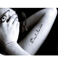 Idées de phrases pour tatouage : « C'est la vie »