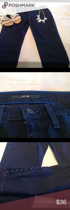 Awesome Joe's Jeans, 30W.  Skinny, inseam 27 Like new.  Cut is Ankle Cigarette.    Sassy buttons at bottom. Joe's Jeans Jeans Skinny