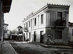 T. Leslie Shear. Η συμβολή των οδών Πολυγνώτου και Ευρυσακείου, 1932. Νεοελληνική Ιστορική Συλλογή Κωνσταντίνου Τρίπου – Φωτογραφικό Αρχείο Μουσείου Μπενάκη