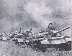 Column of Hungarian T-55 tanks