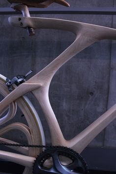 Wooden bicycle (including wheels) by Yojiro Oshima