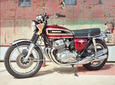 CB 750 - Raised the bar back in 1969