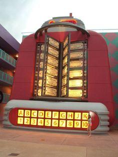 Giant Juke Box, Pop Century Resort, Disney World