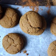 Healthy & Gluten Free Gingersnaps (optional protein addition!) via Nutritionist in the Kitch